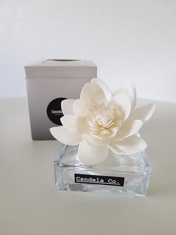100ml Flower Reed Diffuser or Colour Changing flower diffuser.